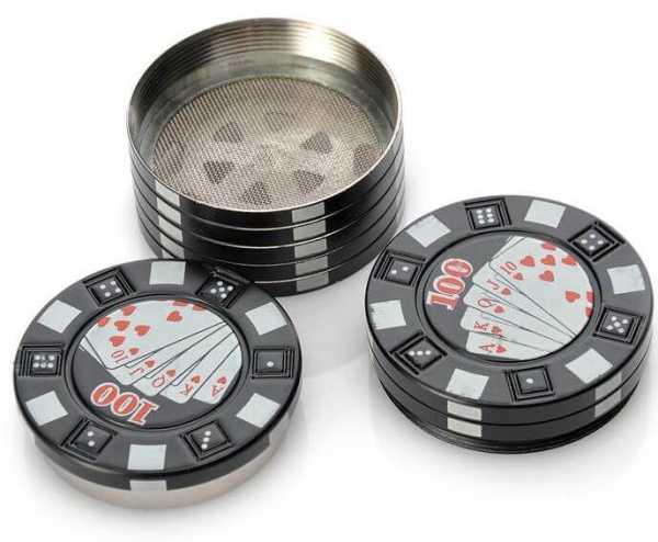Pokergrinder aus Metal mit Pollensieb